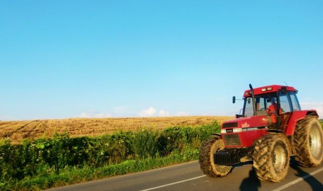農業で使う農機具たち