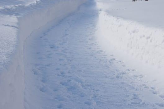 小型除雪機の選び方やおすすめ機能!不要になった除雪機の処分方法