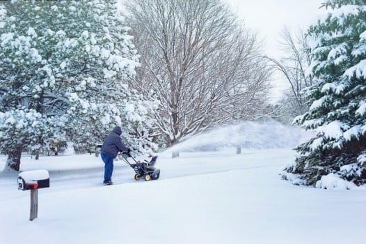 除雪機を長く使用するための保管方法